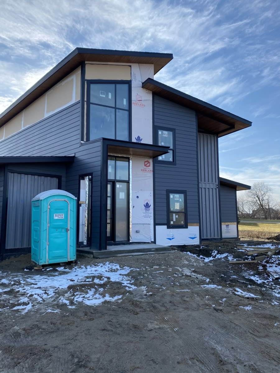 Rise Composite Siding And Barrier Installation